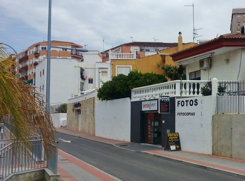 Passport photos, copies, forms and more across from Motril Foreigners Office (Extranjeros) and Police Station Spain (3)