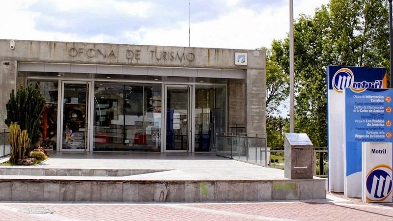 The tourist office Motril is located at the main roundabout in town and at the park entrance. (Parque de los Pueblos de América) tourist information